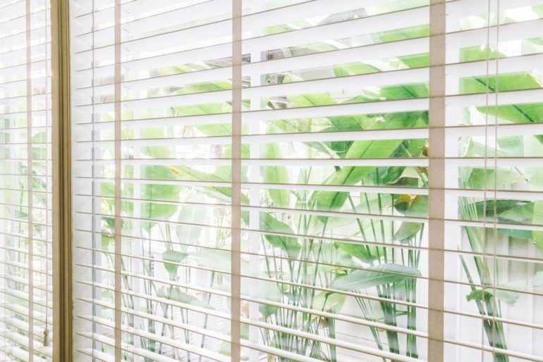 Ultra Få det perfekte lysindfald og mere privatliv med persienner i GT79